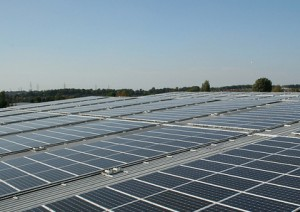 Commercial rooftop solar panels boost efficency